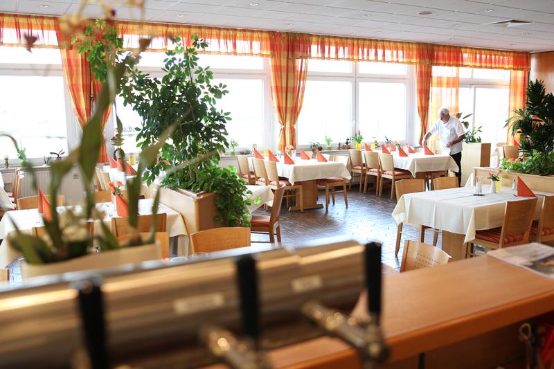 foto_restaurant_zur_wagenburg-01
